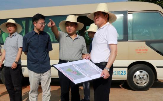 市委常委滕俊峰调研海昏侯国遗址公园项目建设情况
