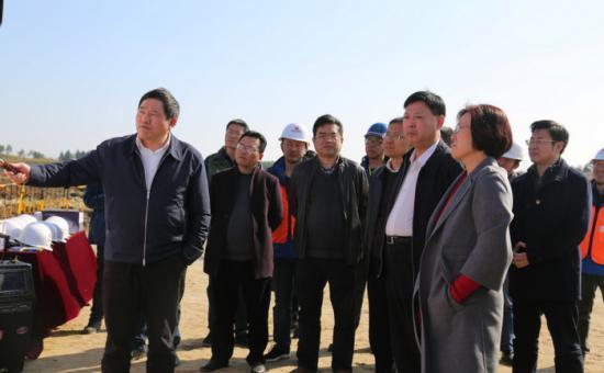 副省长吴忠琼赴南昌汉代海昏侯国遗址公园建设项目现场调研
