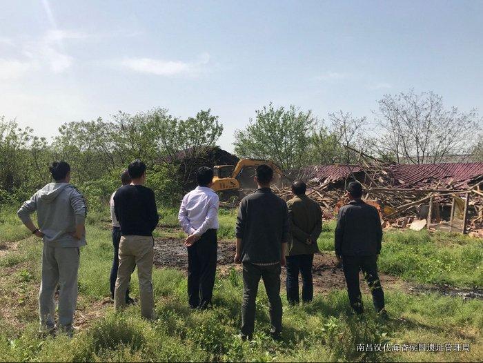 20180408-规建处-博物馆范围内牲畜棚拆除.jpg